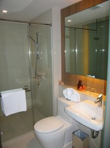De badkamer (on8 Hotel)
