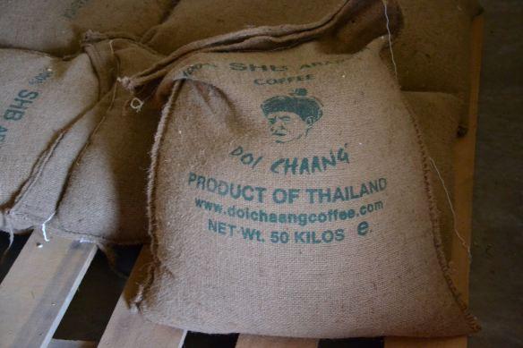 Voor mij een zakje koffie van Doi Chaang :-)